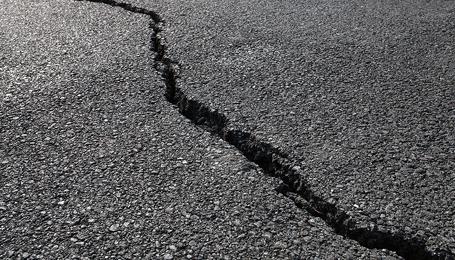 Asphalt pavement crack repair tools